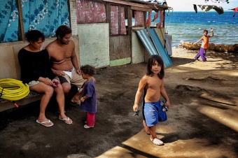 Tahiti life style (poor people)
